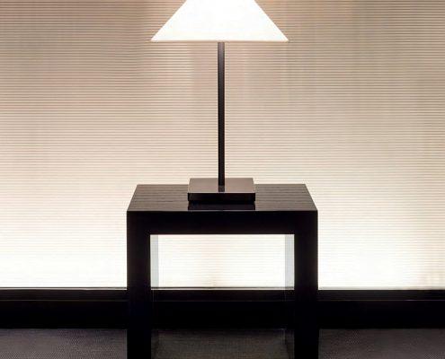 Armani Casa Beleuchtung Lighting - Diese Beleuchtung Lighting von Armani Casa erhältlich bei Decoris Interior Design Zürich - Innenarchitektur Zürich und Inneneinrichtung Zürich am Zürichberg mit auf Sie persönlich zugeschnittenen Inneneinrichtungskonzepten. Ihre Experten für Innenarchitektur in Zürich und Inneneinrichtung in Zürich
