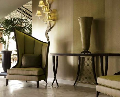 Christopher Guy Möbel - diese Möbel von Christopher Guy erhältlich bei Decoris Interior Design Zürich Innenarchitektur und Inneneinrichtung am Zürichberg