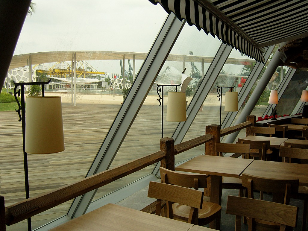 Decoris-Marché Restaurant-Singapore Vivocity-Interior Design Zürich-Innenarchitektur und Inneneinrichtung am Zürichberg mit auf Sie persönlich zugeschnittenen Inneneinrichtungskonzepten. Ihre Experten für Innenarchitektur und Inneneinrichtung in Zürich
