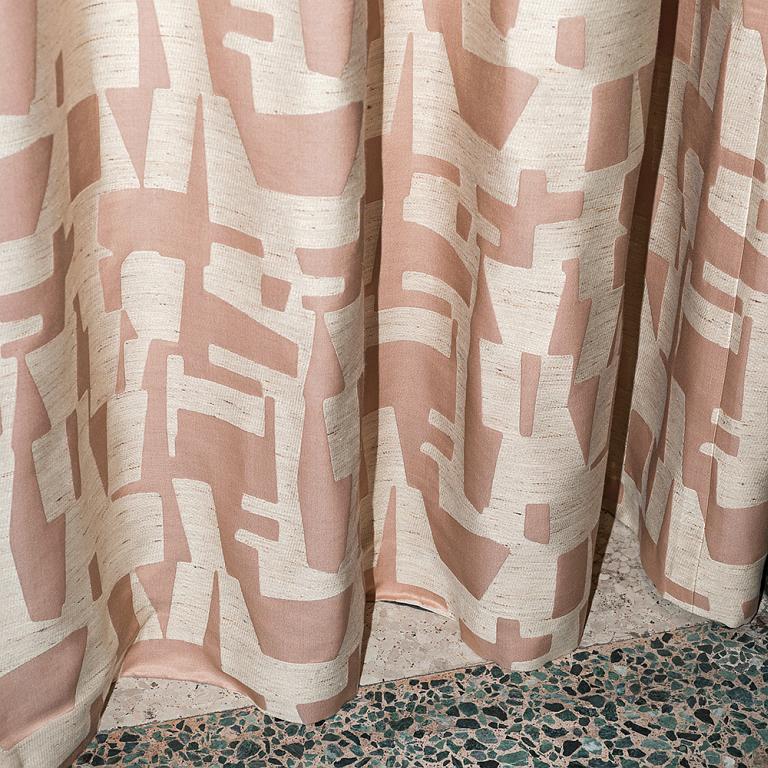 Dedar Stoffe. Diese Stoffe von Dedar Milano sind erhältlich bei Decoris Interior Design Zürich - Innenarchitektur Zürich und Inneneinrichtung Zürich am Zürichberg mit auf Sie persönlich zugeschnittenen Inneneinrichtungskonzepten. Ihre Experten für Innenarchitektur in Zürich und Inneneinrichtung in Zürich