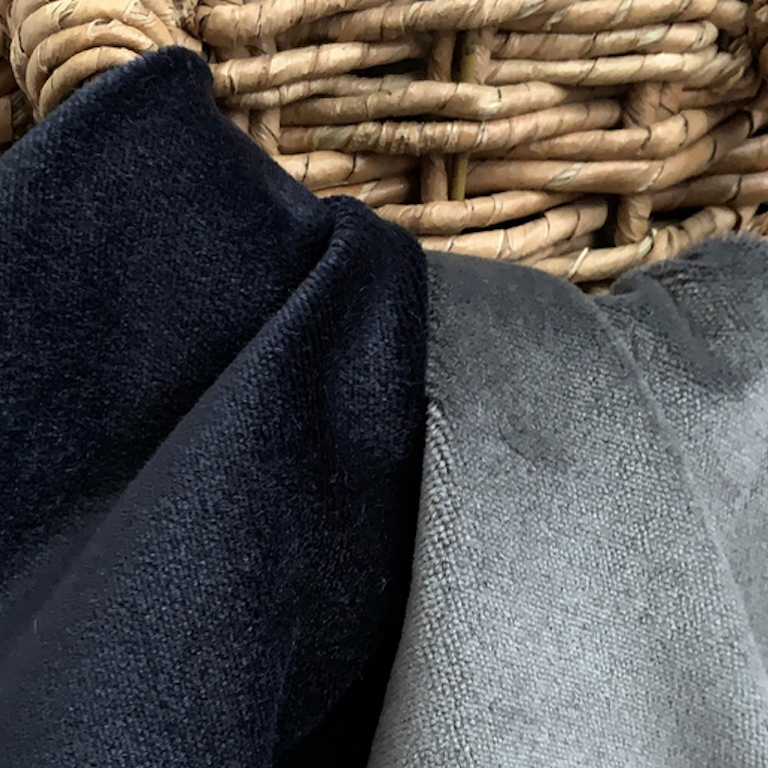 Fox Linton Stoffe. Diese Stoffe von Fox Linton sind erhältlich bei Decoris Interior Design Zürich - Innenarchitektur Zürich und Inneneinrichtung Zürich am Zürichberg mit auf Sie persönlich zugeschnittenen Inneneinrichtungskonzepten. Ihre Experten für Innenarchitektur in Zürich und Inneneinrichtung in Zürich