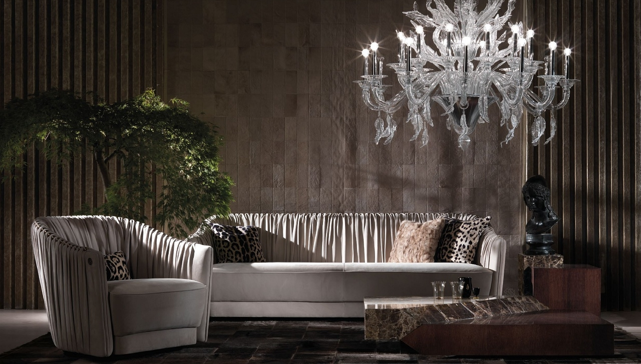 Roberto Cavalli Möbel - Diese Möbel von Roberto Cavalli erhältlich bei Decoris Interior Design Zürich - Innenarchitektur und Inneneinrichtung am Zürichberg mit auf Sie persönlich zugeschnittenen Inneneinrichtungskonzepten. Ihre Experten für Innenarchitektur und Inneneinrichtung in Zürich