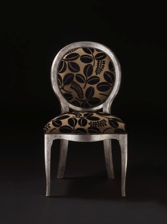 Spini Möbel - dieses Möbel von Spini erhältlich bei Decoris Interior Design Zürich Inneneinrichtung und Innenarchitektur am Zürichberg