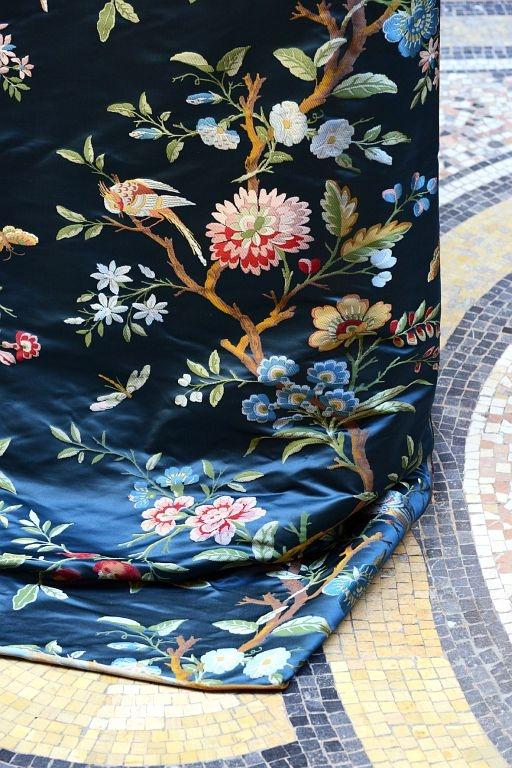 Tassinari & Chatel Stoffe Textiles. Diese Stoffe von Tassinari & Chatel sind erhältlich bei Decoris Interior Design Zürich - Innenarchitektur Zürich und Inneneinrichtung Zürich am Zürichberg mit auf Sie persönlich zugeschnittenen Inneneinrichtungskonzepten. Ihre Experten für Innenarchitektur in Zürich und Inneneinrichtung in Zürich